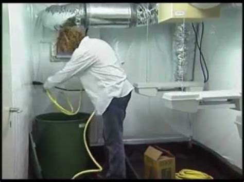 Indoor Grow Closet Setup by How To Grow Indoors Quot Basic Grow Room Setup And
