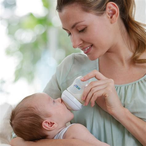 Philips Avent Launches Natural Range Of Baby Feeding Products