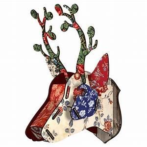 Déco Tête De Cerf : miho bunches tete de cerf decoration murale ~ Teatrodelosmanantiales.com Idées de Décoration