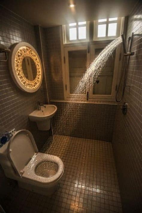 wet bathroom   singapore hotel   room