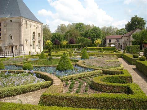 Chateau De Grand Jardin by Piscine Du Grand Jardin Meilleures Id 233 Es Cr 233 Atives Pour