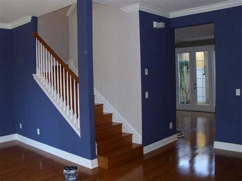 how much to paint a house interior with blue and white