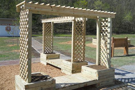 build  trellis planter bench kaboom