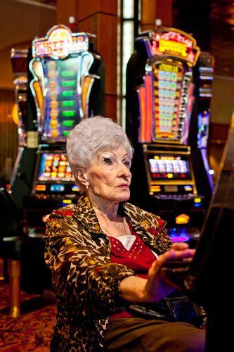 foxwoods casino  fighting   life   york times