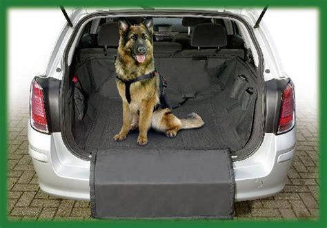 protection coffre voiture chien protection de coffre et grille de s 233 paration