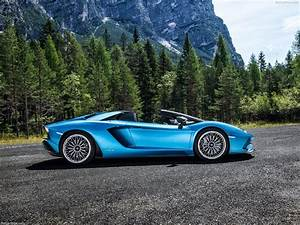 Lamborghini Aventador 2018 : lamborghini aventador s roadster 2018 picture 4 of 23 ~ Medecine-chirurgie-esthetiques.com Avis de Voitures