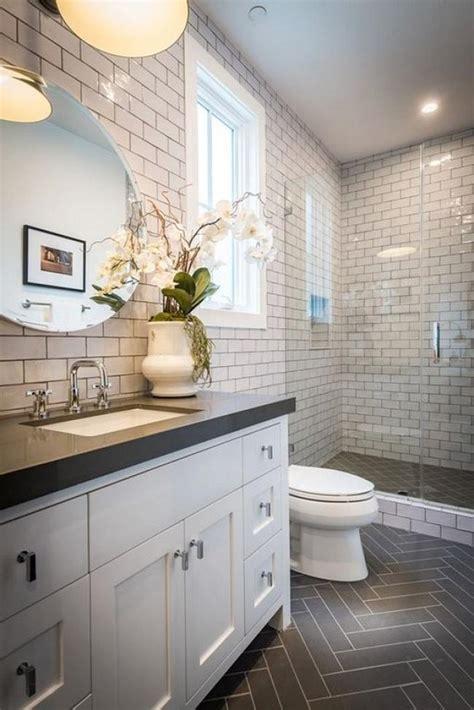 25+ Unique Bathroom Floor Tiles Ideas For Small Bathrooms