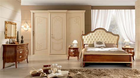 composizione  alfieri camera da letto elegante
