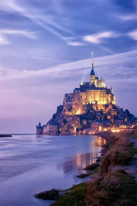 Top Halloween Attractions In Mn by 21 Mont St Michel France 33 Cliffside Towns Clinging