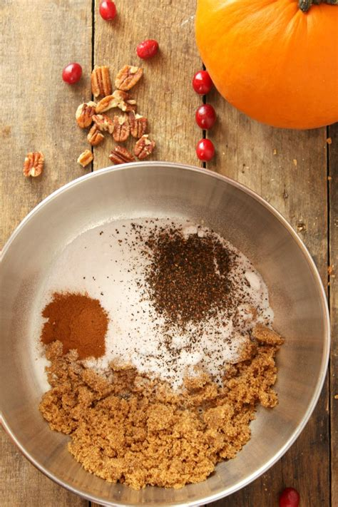 This coffee scrub benefits not only your face, but also the whole body. Homemade Chai Sugar Scrub - DIY Beauty Recipes - Easy To Make