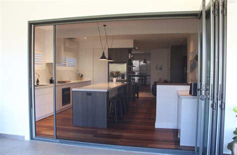 retractable fly screen doors flyscreens  windows door