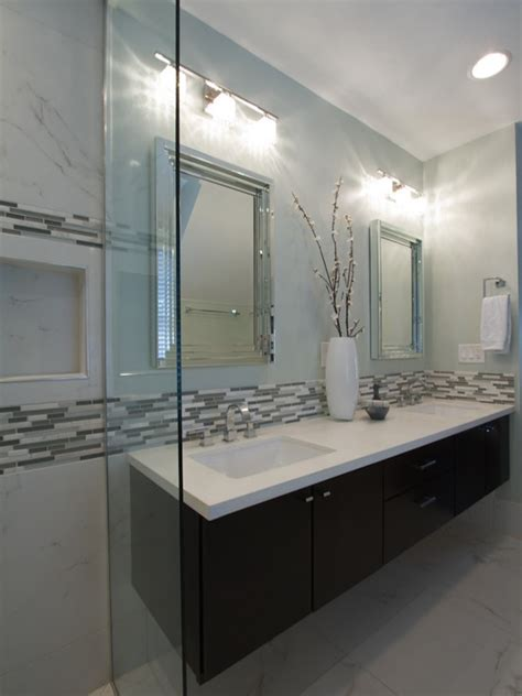 gray and white tile white and gray bathroom tile peenmedia