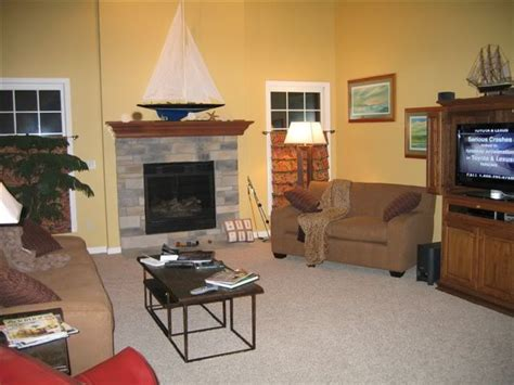 sherwin williams white raisin living room color home living room home colors