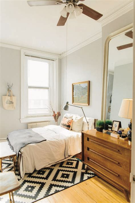 53 best bedroom ideas images best 25 small bedrooms ideas on throughout small