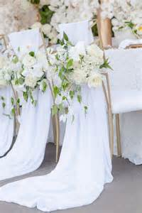 wedding pew bows 8 awesome and easy ways to decorate wedding chairs