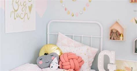 deco chambre bébé fait d 233 coration chambre fille enfants tables