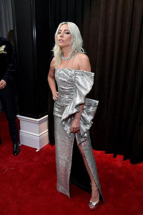 Grammys 2019 Red Carpet On Fire, Courtesy Lady Gaga, Miley ...
