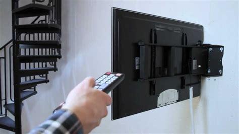 elektrisch schwenkbare wandhalterung fuer flachbildschirme