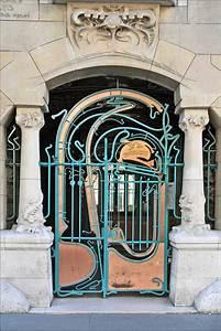 Art Nouveau Mobilier : le portail d 39 entr e du castel b ranger hector guimard ~ Melissatoandfro.com Idées de Décoration