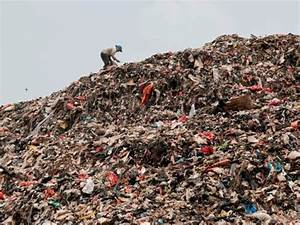Here's how much trash is in America's landfills - Business ...