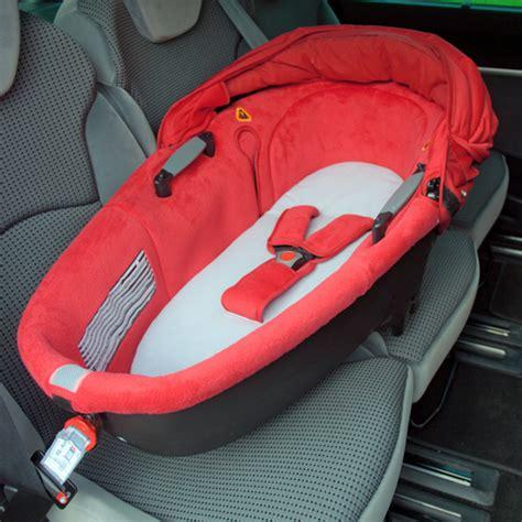 comment dehousser siege auto bebe confort drap pour nacelle de bebe confort sur allobébé