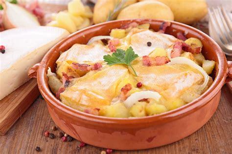 cuisine savoyarde recette tartiflette express au reblochon