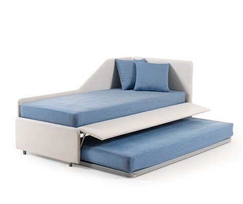 letti estraibili divano letto estraibile trasformabile in letto matrimoniale