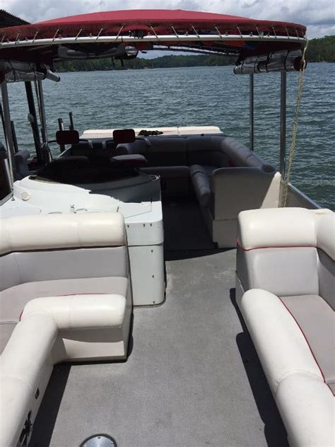 Craigslist Fort Wayne Pontoon Boats by Kayot New And Used Boats For Sale