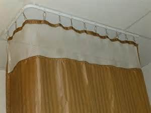 flexible curtain track assembly