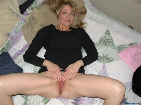 nude wives and milfs archives wifebucket offical milf blog