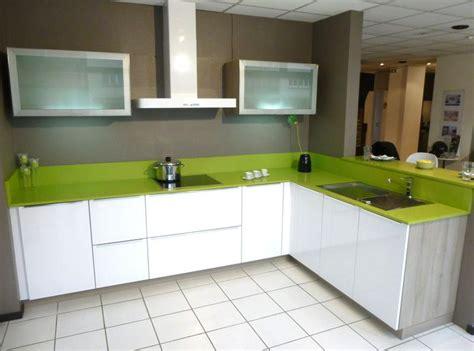cuisine schmidt 15 cuisine schmidt de presentation modele arcos poignees integrees modele blanc brillant plan de