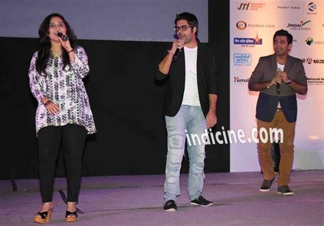 Special Premiere Of Akshay's Entertainment With Maneka