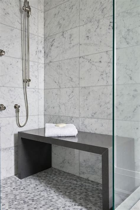 Dusche Mit Bank by Contemporary Bathroom Shower Is Filled With White Grid