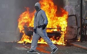 De Armas Tomar: London riots: Guerrilla warfare erupts as ...