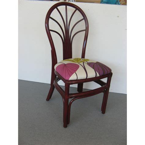 chaise prune chaise en rotin de forme arrondie coloris prune
