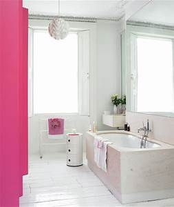 Pink and white bathrooms splash of pink 15 great bathroom for Pink and cream bathroom