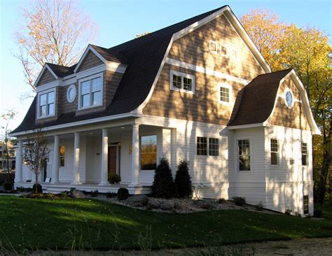 Classic Home : Exterior-color-schemes-exterior-traditional-with-american