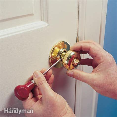 how to fix a door handle tighten a doorknob that has chassis screws