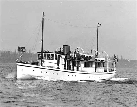 builders  classic boats lake union seattle