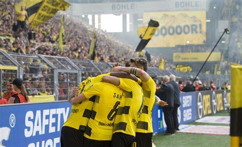Dafür dass wir uns alle hier wochenlang am #vfb abgearbeitet haben, ist's heute sehr still. Player Ratings: Borussia Dortmund Dominate VfB Stuttgart ...