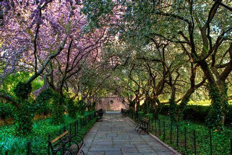 30 Great Inspiring Inner-City Parks - Social Work Degree Guide