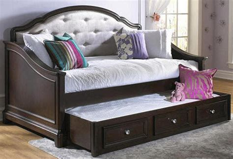twin daybed   twin daybed  macys full size daybed