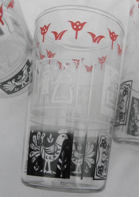 1950s vintage drinking glasses, country rooster red black