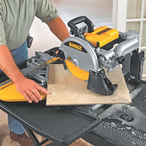 dewalt tile saw dewalt d24000 1 5 horsepower 10 inch wet tile saw power tile saws amazon com