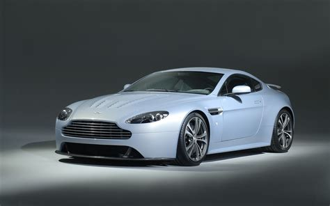 Martin Vantage Hd Picture by Aston Martin V12 Vantage Wallpapers Pictures Images