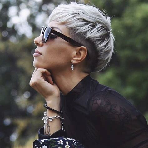 If you're stuck at home at the moment, why not use the time to plan your next short haircut? 10 Feminine Pixie Haircuts Ideas for Women - Short Pixie Hairstyles 2021