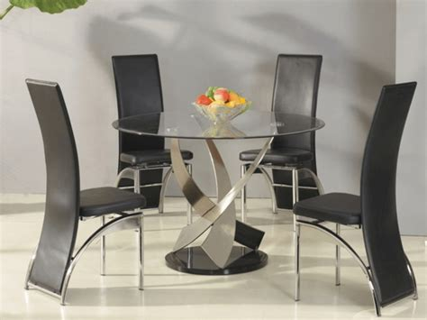 decorate  glass dining table