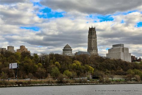 American Institute Of Architecture Boat Tour by Circumnavigate Manhattan On A Roaring 20s Architectural