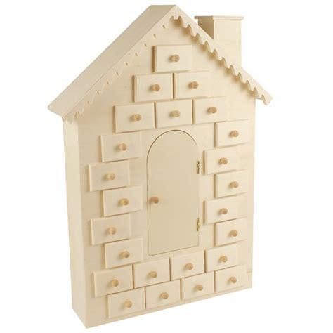 calendrier de l avent maison calendrier de l avent 224 d 233 corer maison en bois 42cm