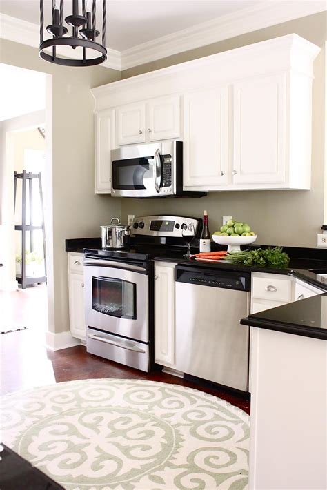 what to look for in kitchen cabinets photos hgtv